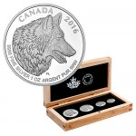 2016-silver-canadian-wolf-box-set